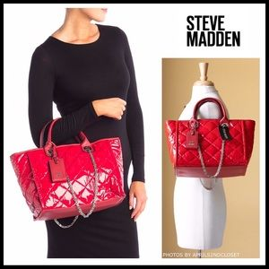 STEVE MADDEN LARGE RED PATENT TOTE BAG A2C